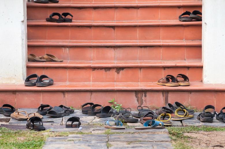 footwear temple hygiene